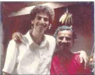 bob + Swami with bananas